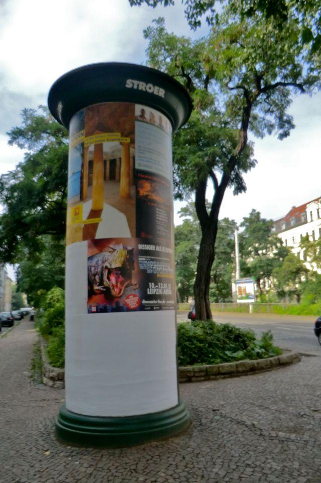 Paris Cyclinder Advertisments